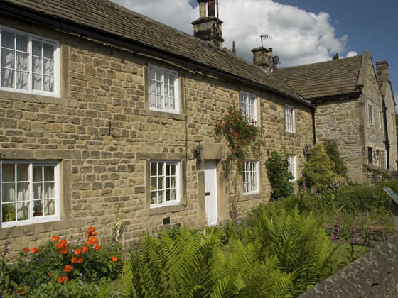 Stone cottages in the village of eyam