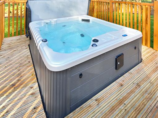 Outdoor hot tub on verandah